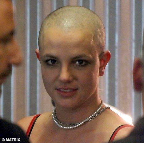 Britney rapada (3)