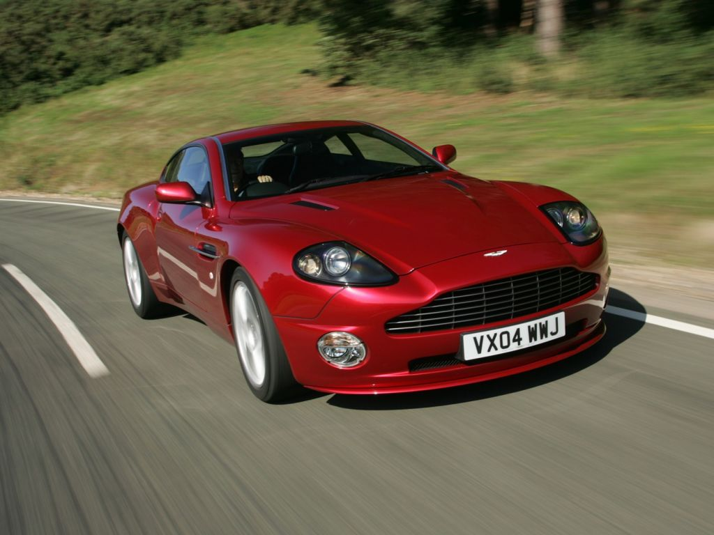 Aston Martin Wallpaper (7)