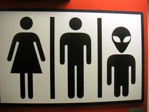 carteles baño divertidos (7)
