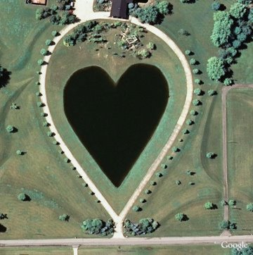 heart-shaped-lake1
