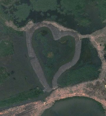heart-shaped-wetland1