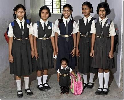 Jyoti Amge, la mujer más pequeña del mundo (3)