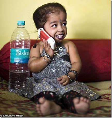 Jyoti Amge, la mujer más pequeña del mundo (6)