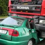 truck_vs_car_crash1