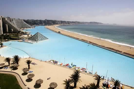 piscina_enorme2