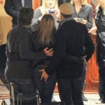 Gerard Butler tocando a Jennifer Aniston