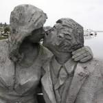 love-statues15