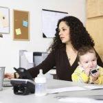 Las madres realizan 23 profesiones diferentes