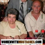 mujeres-con-bigotes-11