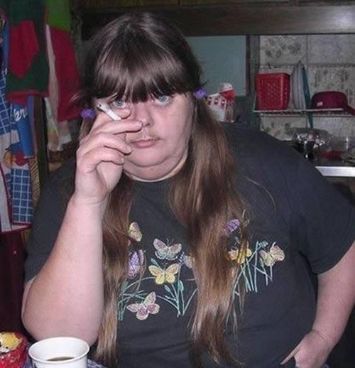 mujeres-con-bigotes-4