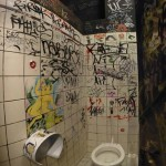 toilet-graffiti05