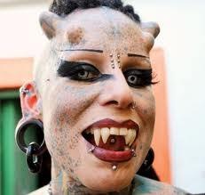 Mujer Vampiro (3)