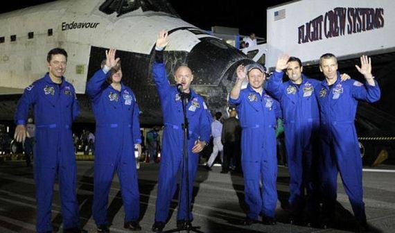 Misión espacial Endeavour (2)