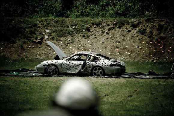 Disparando a un Porsche (12)