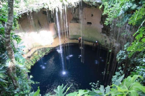 Cenotes Yucatan (1)