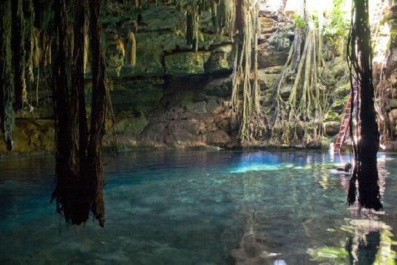 Cenotes Yucatan (12)