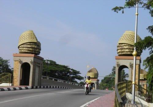 Puente de espuma Melaka (9)