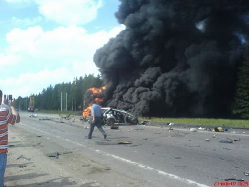 Increíble accidente de BMW en Rusia (2)