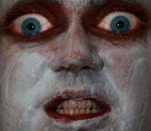 rostro aterrador