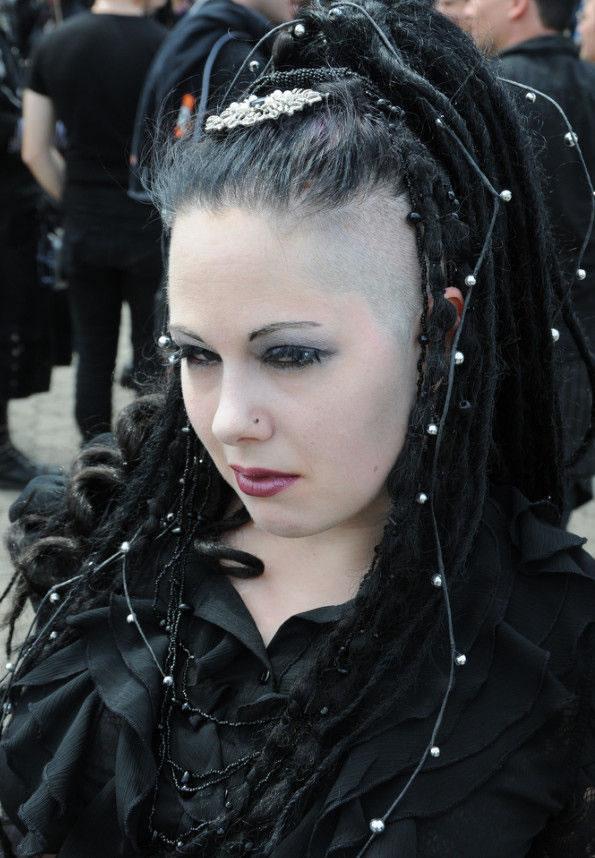Fotos chicas góticas (19)