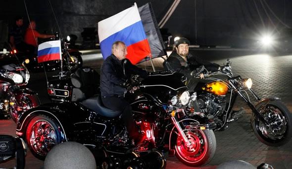 Super Vladimir Putin (6)