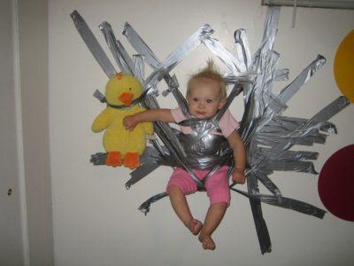 Paternidad?, lo estas haciendo mal Duct-tape-baby