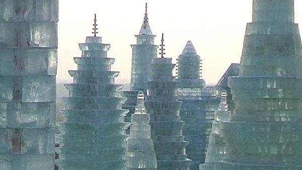 Festival internacional del hielo y la nieve de Harbin, o Festival de los Palacios de hielo, para los más románticos. (2)