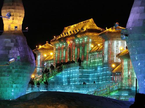 Festival internacional del hielo y la nieve de Harbin, o Festival de los Palacios de hielo, para los más románticos. (10)