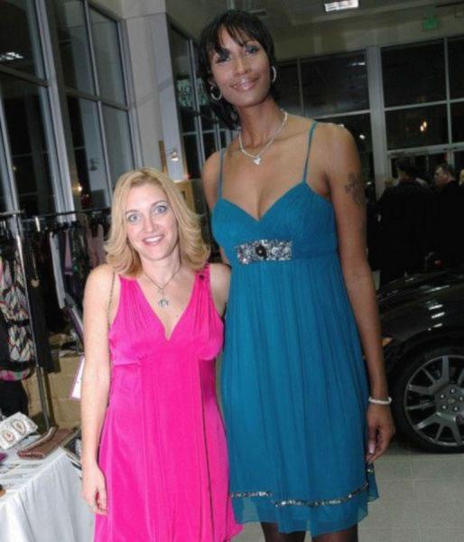 mujeres altas (44)