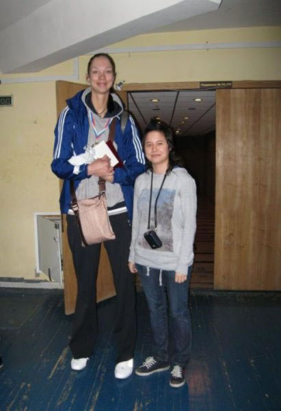 mujeres altas (20)