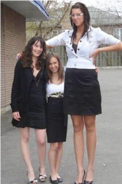 mujeres altas (18)
