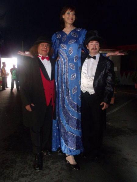 Mujeres altas Chicas-altas35