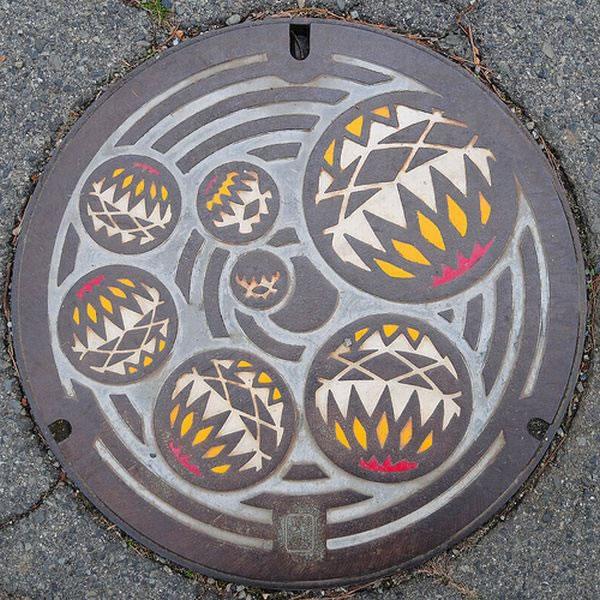 Tapas de alcantarillas en Japón (24)