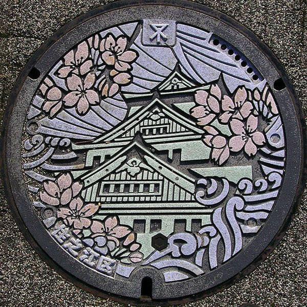 Tapas de alcantarillas en Japón (23)