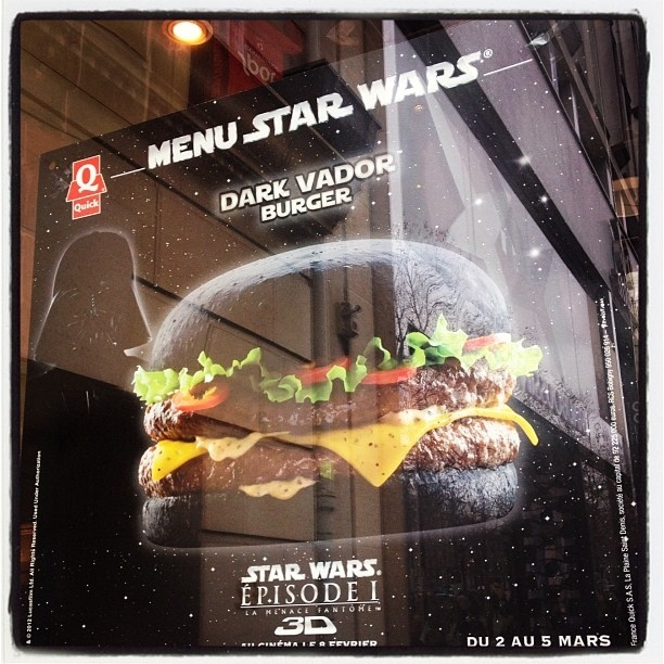 Hamburguesa Darth Vader (8)