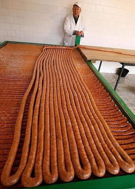 salchicha más grande del mundo (2)