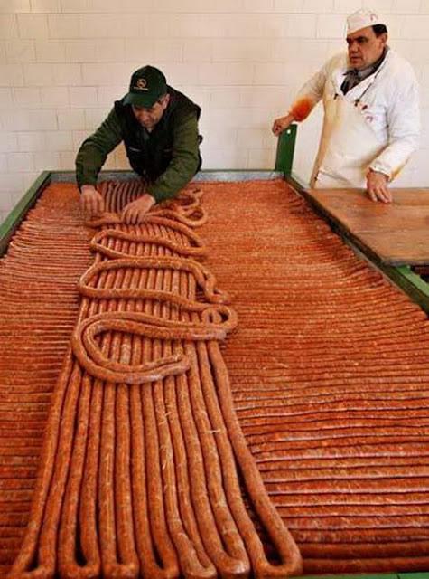 salchicha más grande del mundo (1)