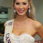 Jenna Talackova fuera de Miss Universo Canadá