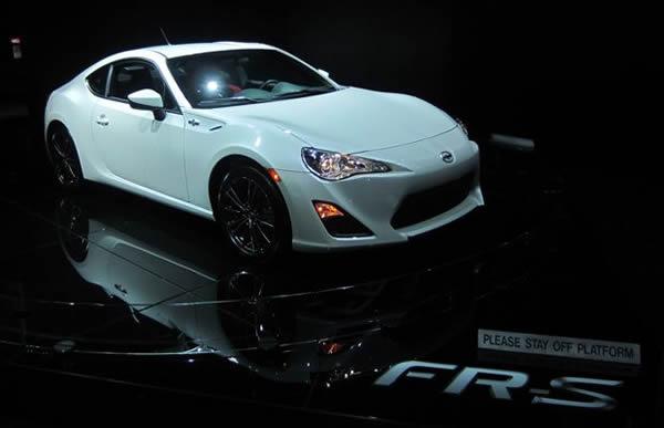 autos increíbles del New York International Auto Show 2012 (8)