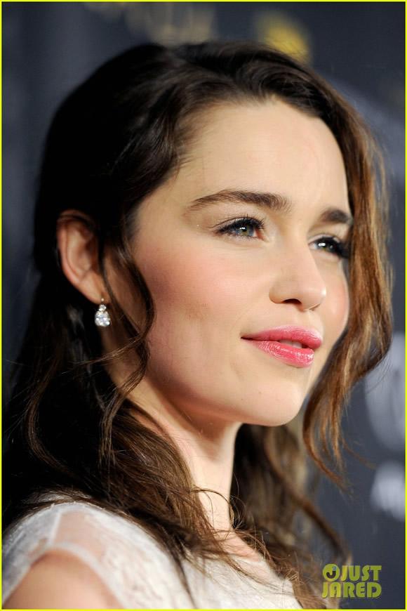 Emilia Clarke (11)