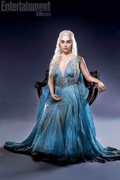 Emilia Clarke (30)