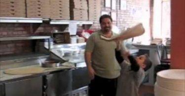 lanzando pizza like a boss