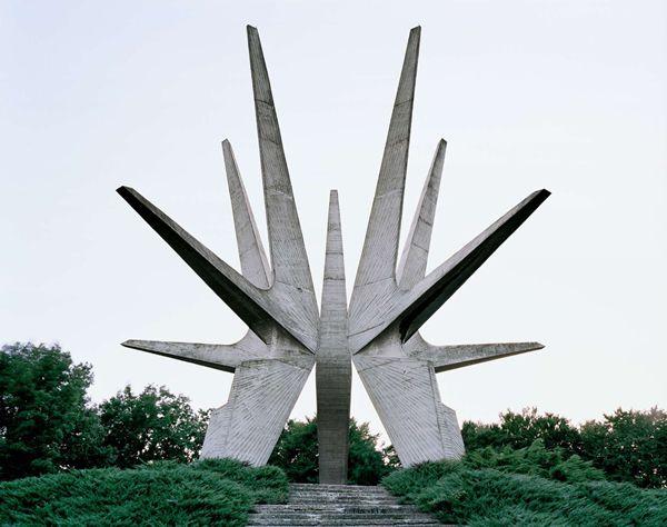 Monumentos abandonados Yugoslavia (17)