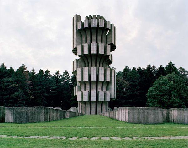 Monumentos abandonados Yugoslavia (7)