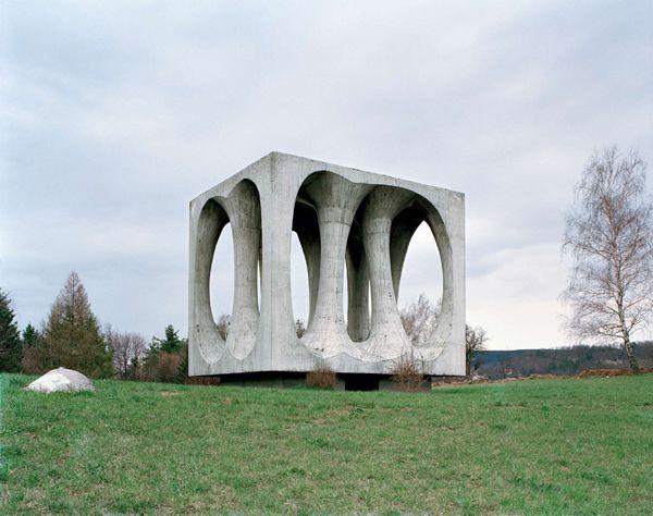 Monumentos abandonados Yugoslavia (5)
