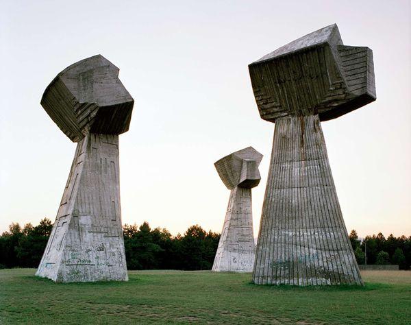 Monumentos abandonados Yugoslavia (2)