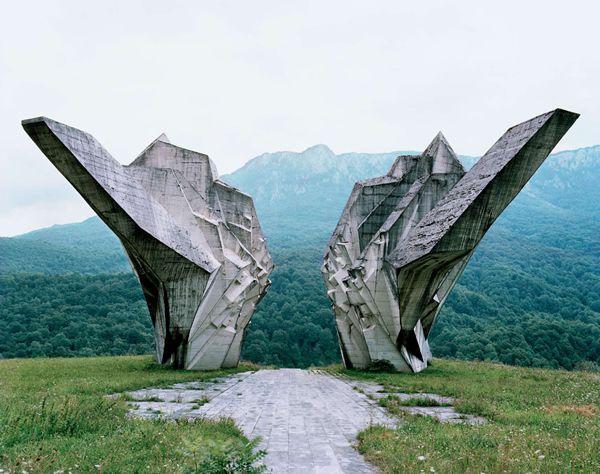 Monumentos abandonados Yugoslavia (23)