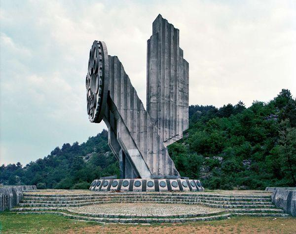 Monumentos abandonados Yugoslavia (10)