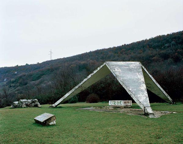 Monumentos abandonados Yugoslavia (9)