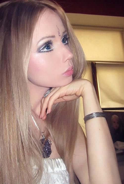 Valeria Lukyanova barbie (17)